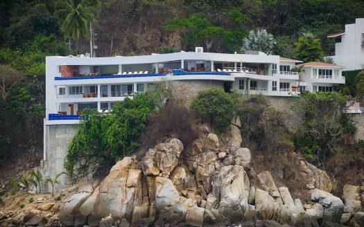 casa la vista desde el mar